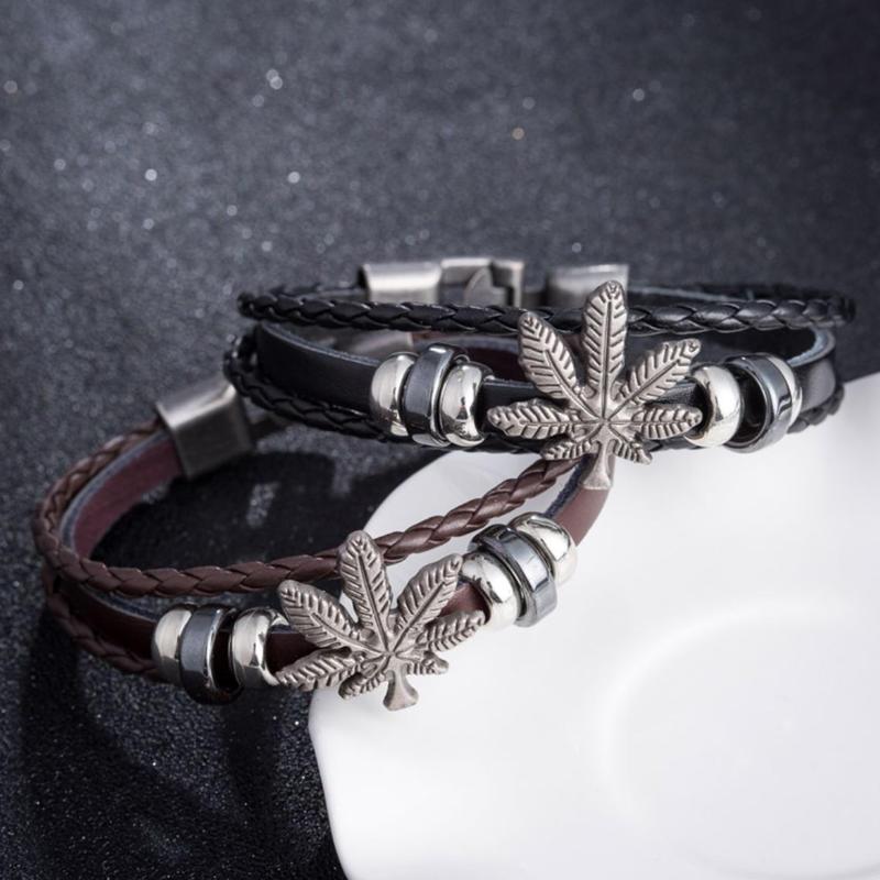 【レザー ブレスレット】ヘンプ モチーフ 3連デザイン 2カラー ブラック ブラウン