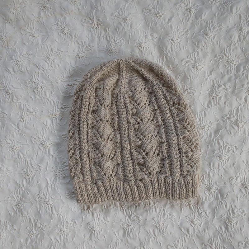春のニット帽(ベージュ)