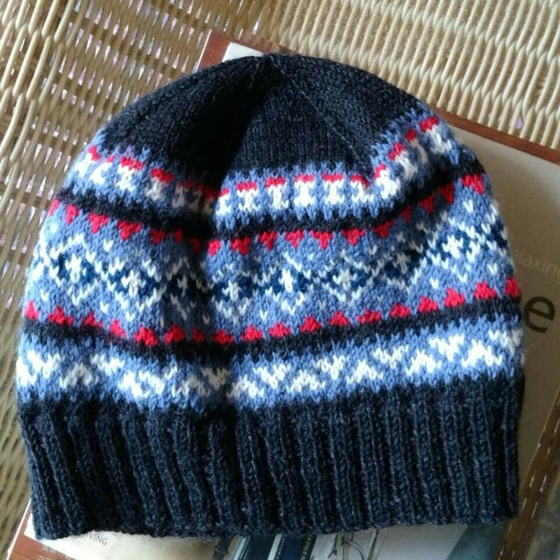 手編みのニット帽(フェアアイルD )