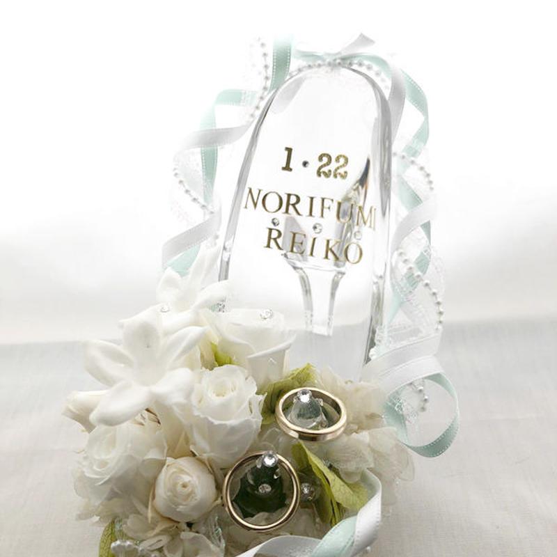 プリザーブドフラワーガラスの靴リングピロー/白い薔薇とジャスミンの祝福