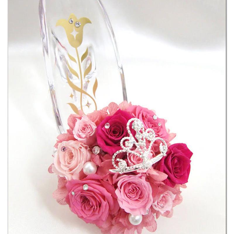 【プリザーブドフラワー/ガラスの靴シリーズ】たくさんのピンクの薔薇たちにお姫様のような輝くティアラをつけて