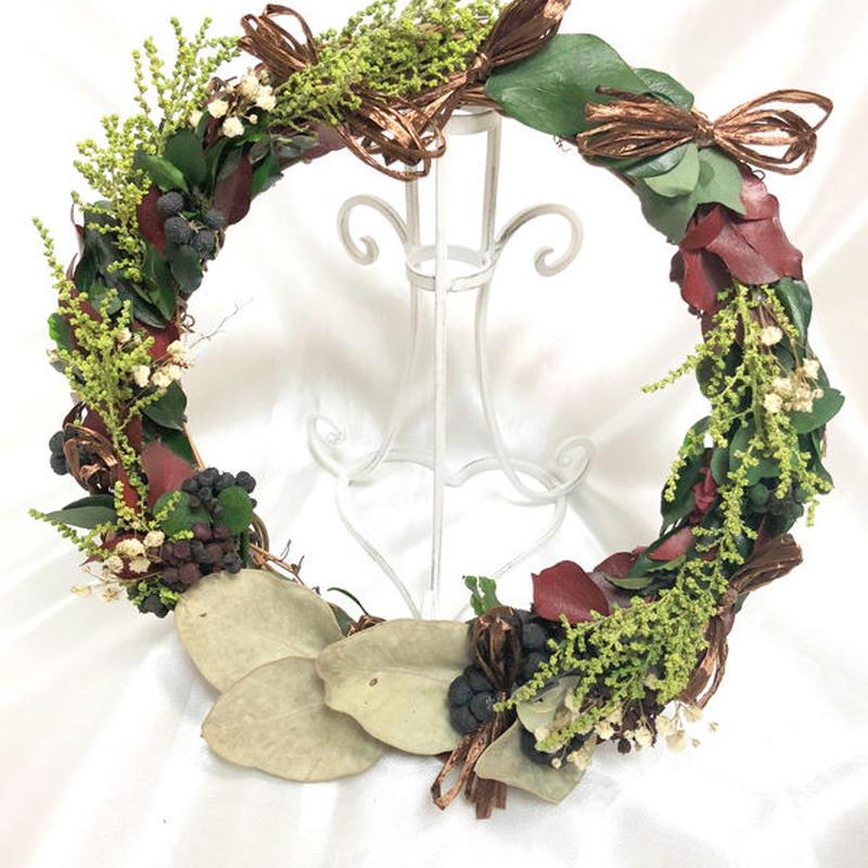 【プリザーブドフラワー/グリーンと葉と小花のアンティーク風リース】