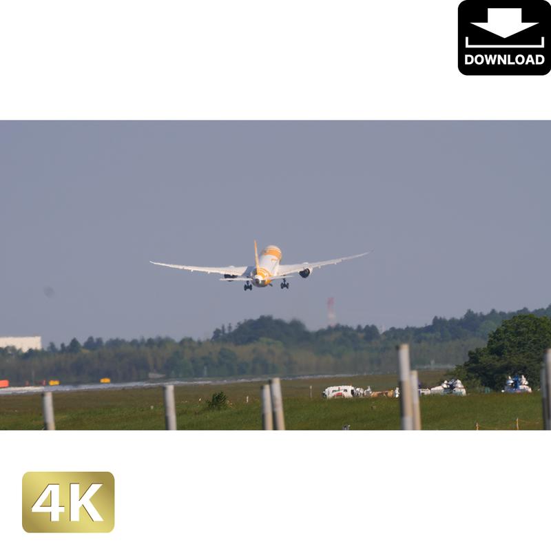 2031128 ■ 成田空港 離陸