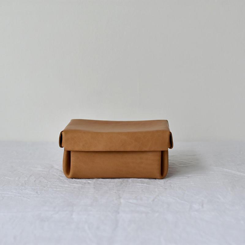 kasse (box)/ camel(M)