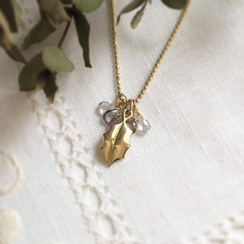 Holly heal® lucky pendant ロザリン