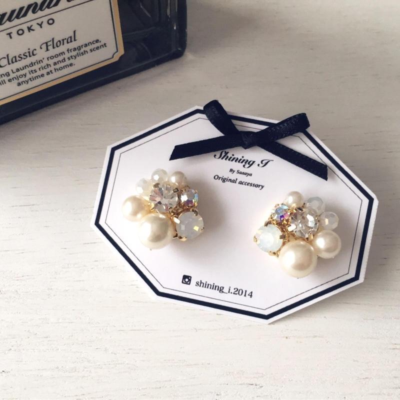 Mix stone *White / Earrings
