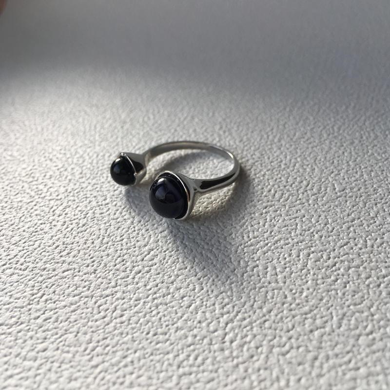 w glass ring (bk