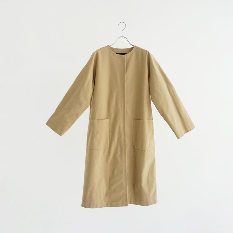 181811 ノーカラーロング丈コート
