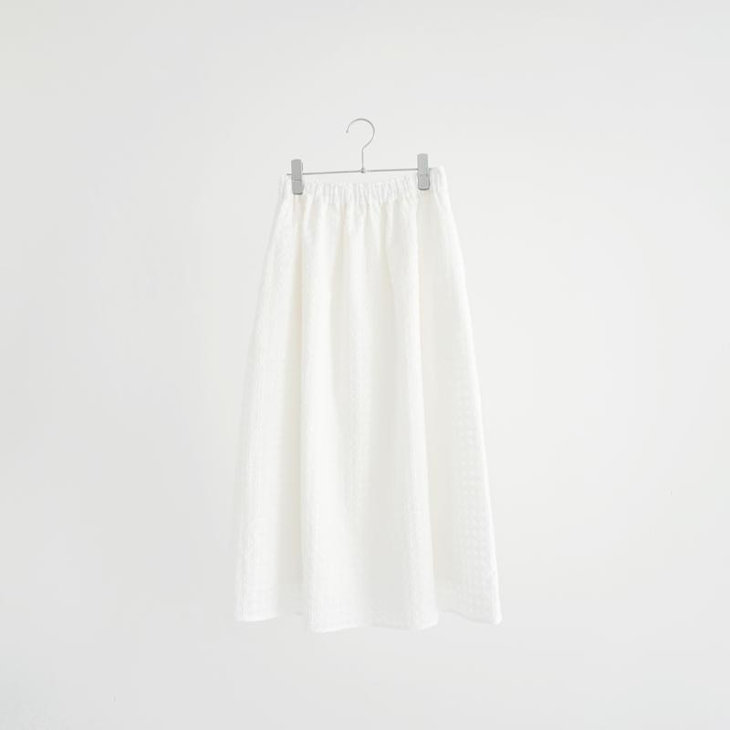 197038 エンブロイダリースカート