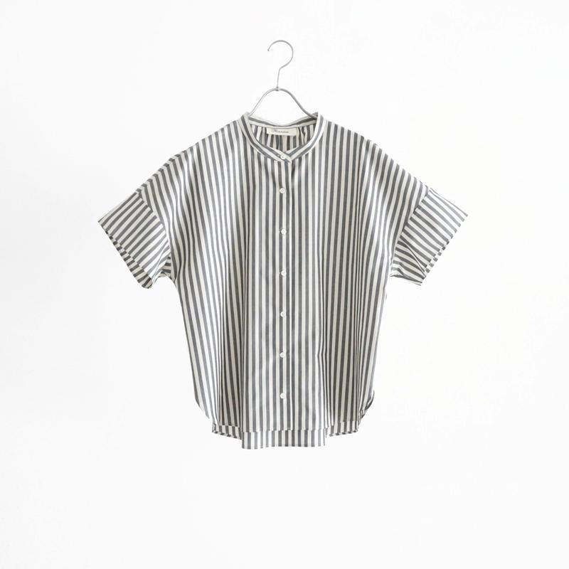 194316 モノトーンストライプスタンドカラーシャツ