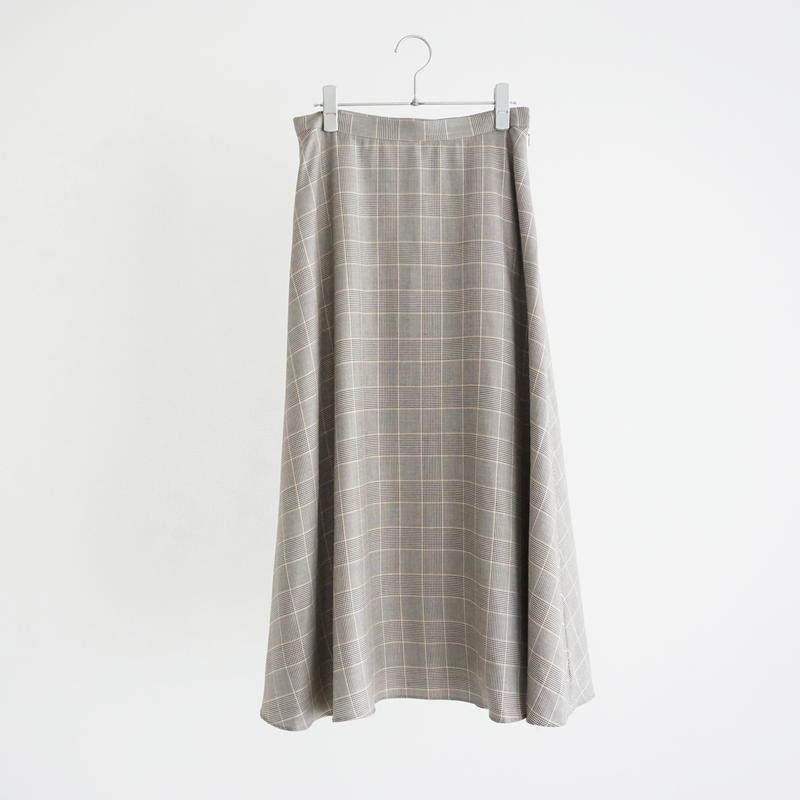 197009 チェックロング丈スカート