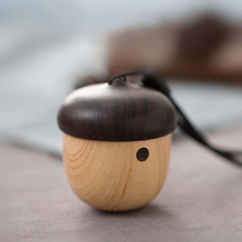 かわいい栗の実 Bluetooth スピーカー