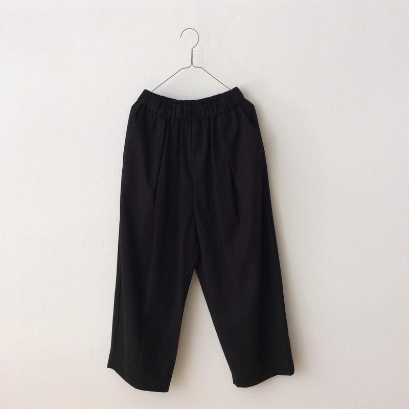 yuni 強撚ギャバタックパンツ ブラック