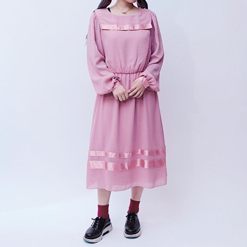 pail pink dress