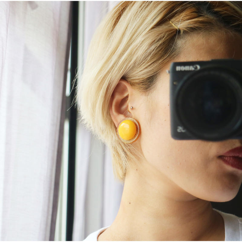 BAKELITE Round Earrings YELLOW