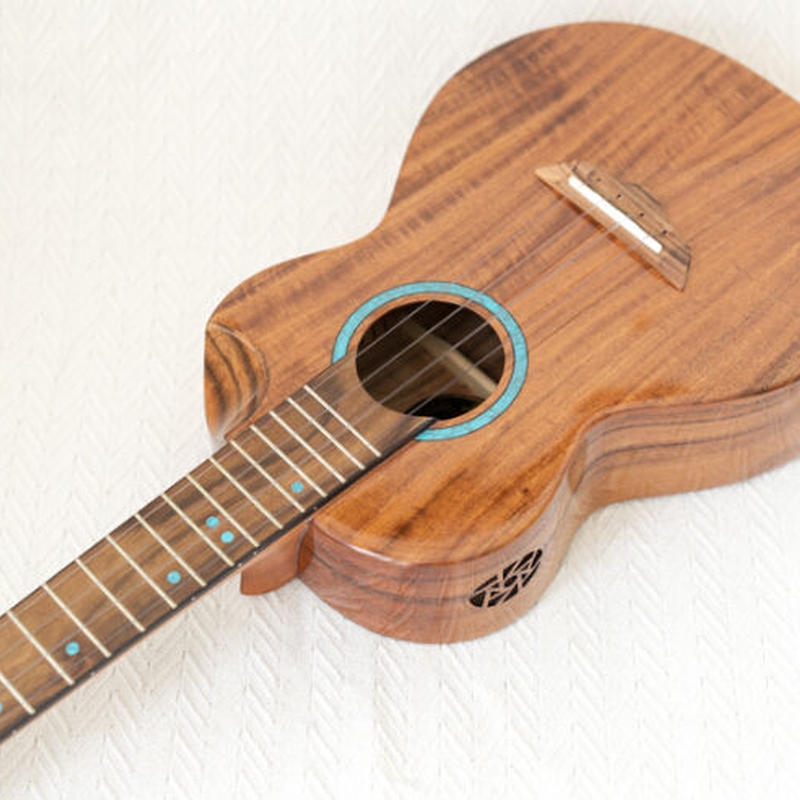 ◆Bright Sun ukulele!AAA級上質アカシアオール単板 コンサートウクレレ スロテッド&カッタウェイ BS21C◆