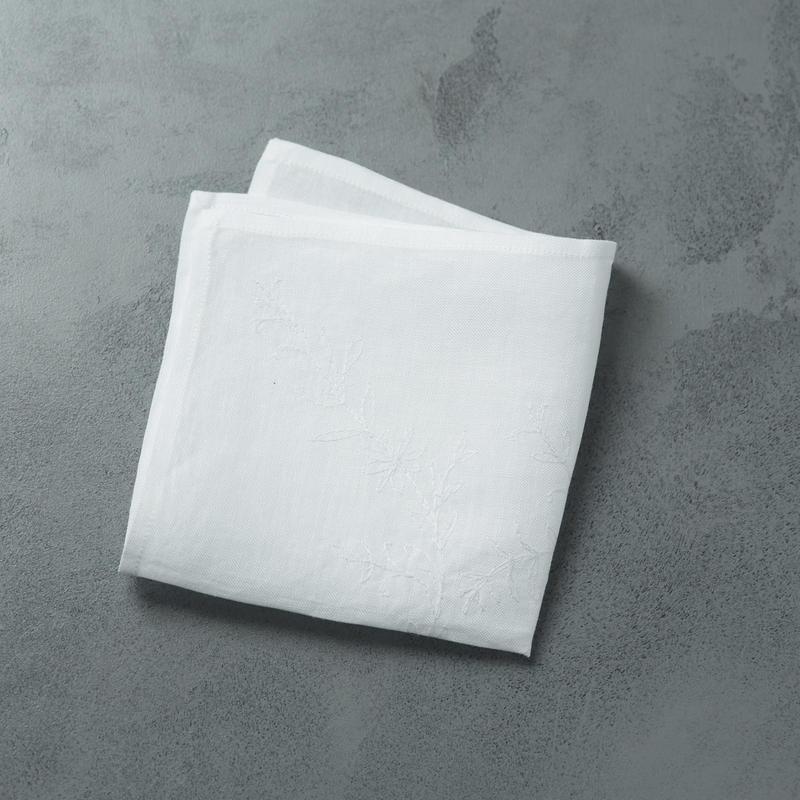 shuo16036  shuo × nutel Handkerchief(White)