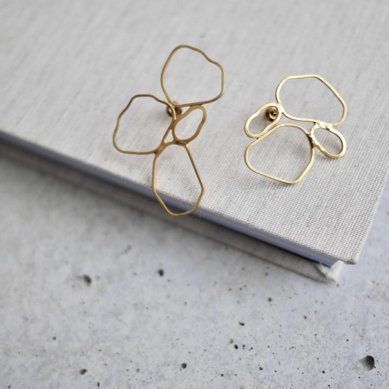 Drawing earrings