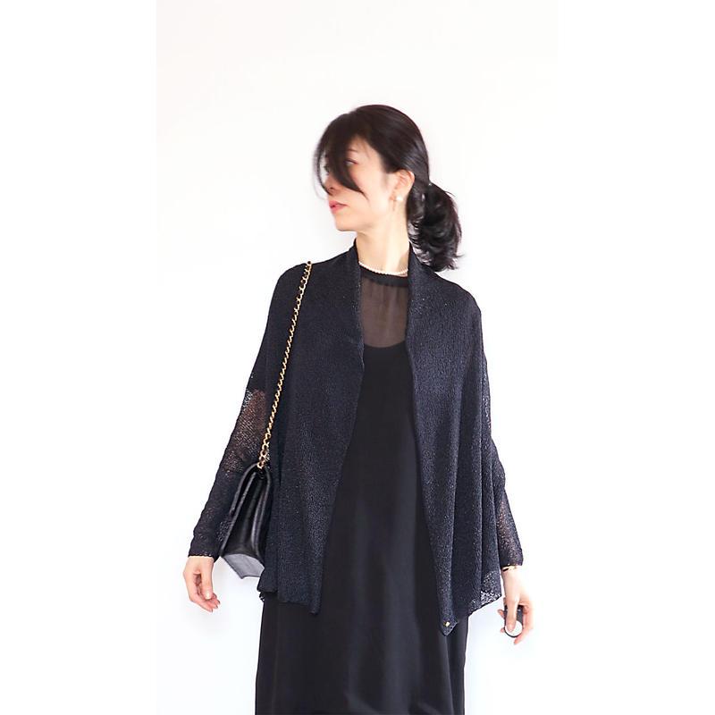 ◆即納◆Aquila[アクイラ] 部分ラメ・袖付きストール / ブラック系1(ブラック×黒ラメ)
