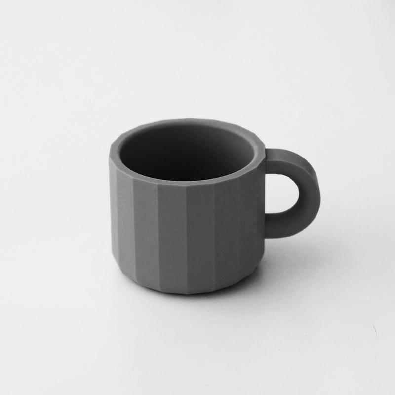 マグカップ・ こいねず