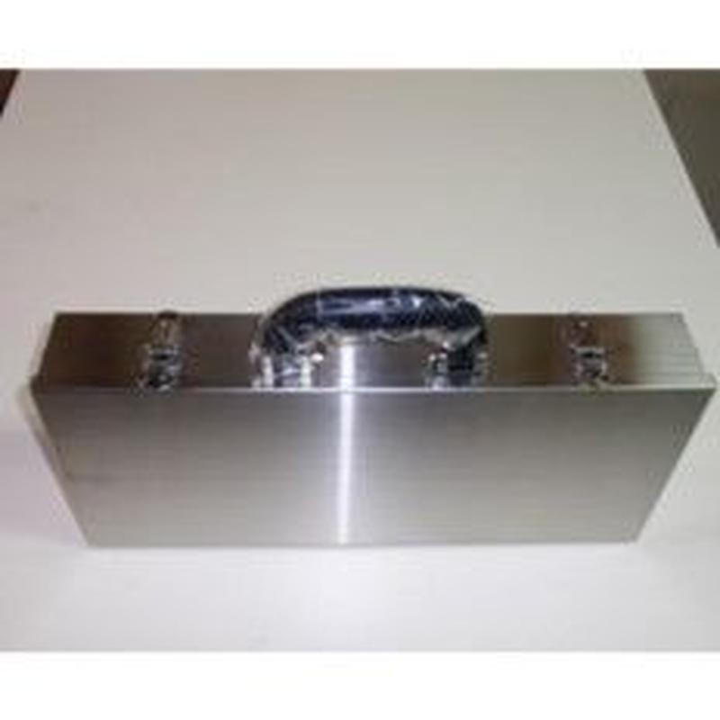 日本の部品屋・ステンレス製タックルボックス
