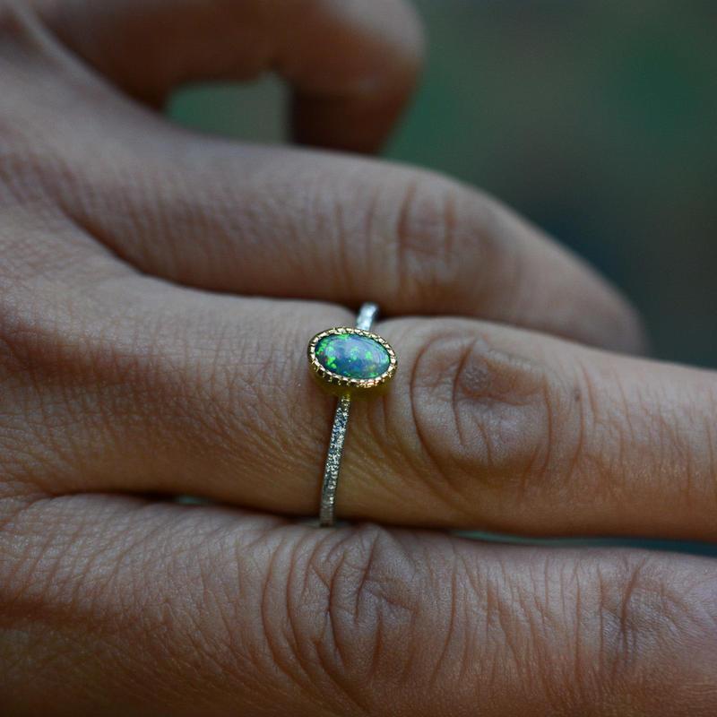 オーストラリア・オパール Pt900-K22YGの指環