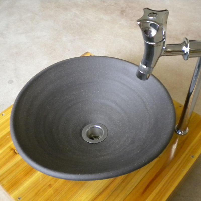 炭化黒変形手洗い鉢