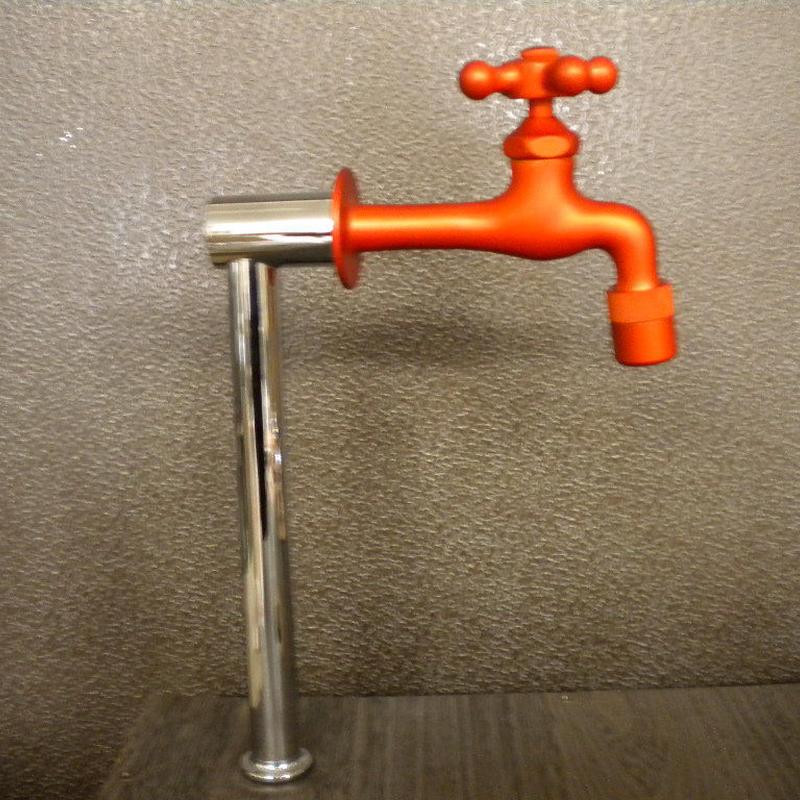 オレンジ胴長横水栓セット