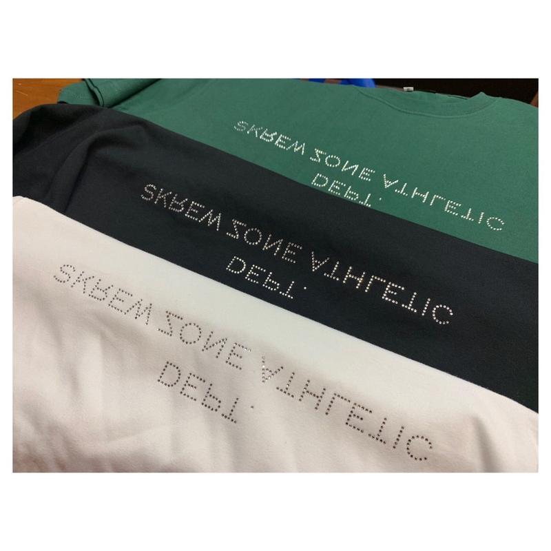 【SKREWZONE】SKREWZONE DEPT RHINE STONE TEE