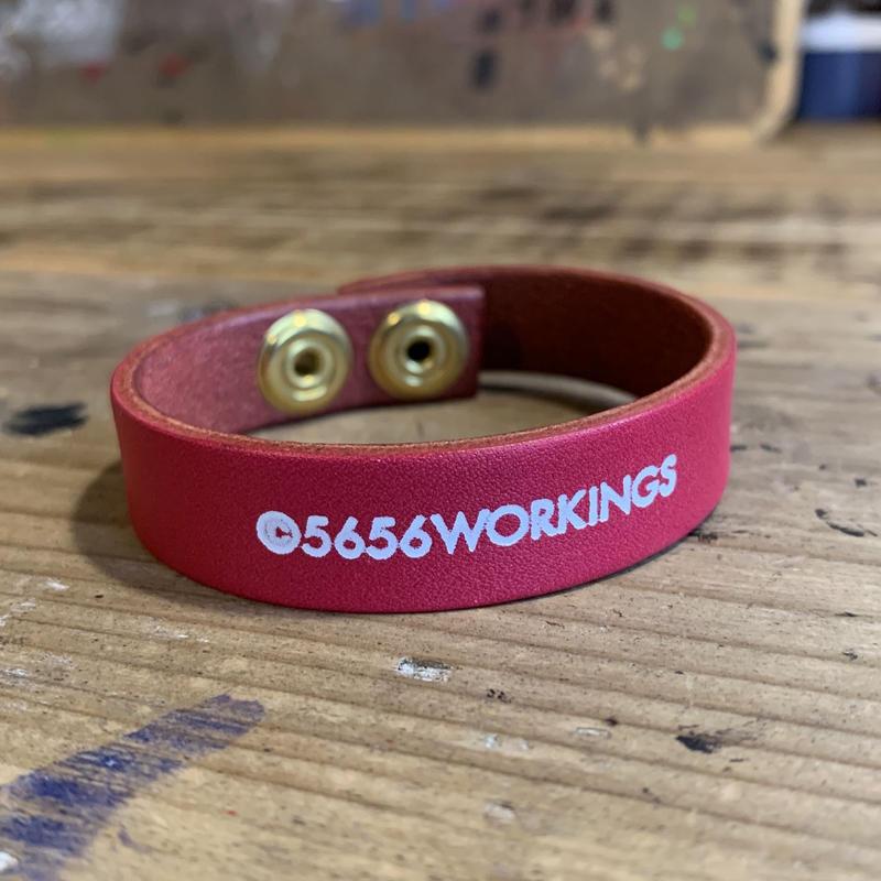 5656WORKINGS/NO.56 LEATHER BRACELET_MAGENTA