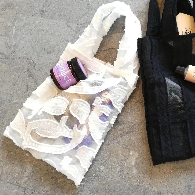 再入荷!White lace mini  bag