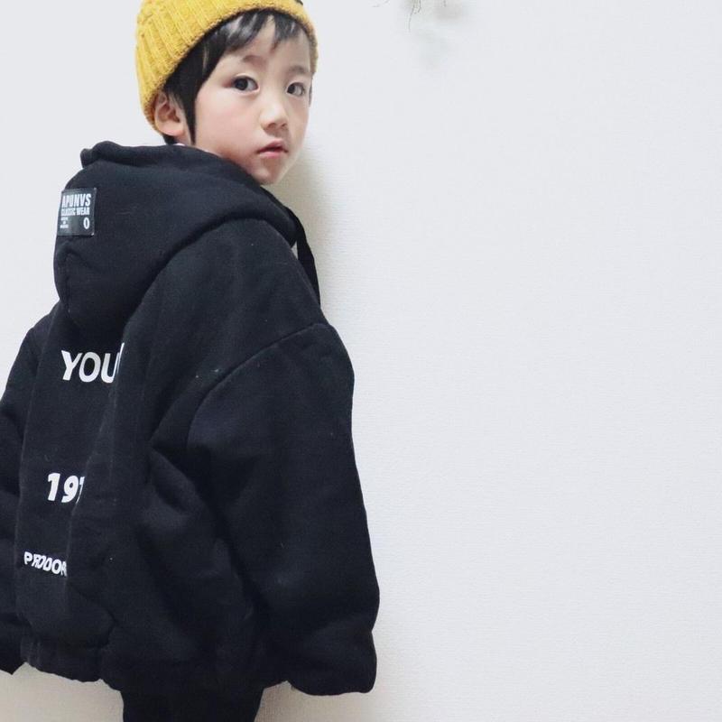 kids兼用ok☻英字デザイン中ボアあったかフード付ジップパーカー【ブラック】
