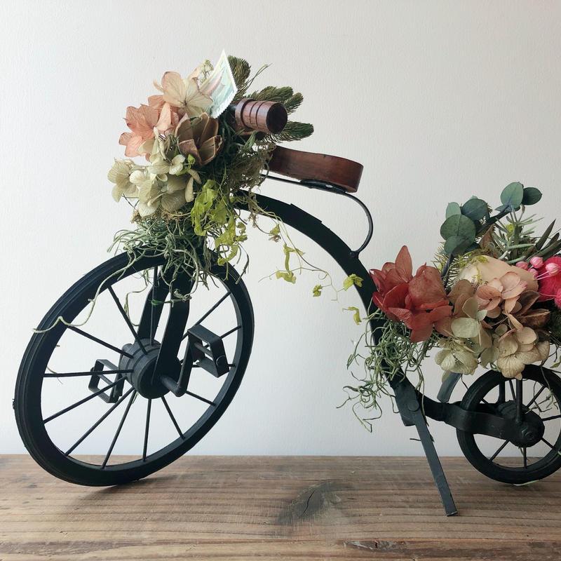 贈り物を届ける自転車 003