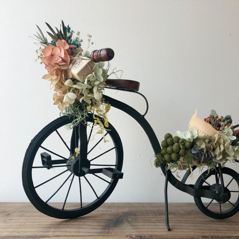 贈り物を届ける自転車 006