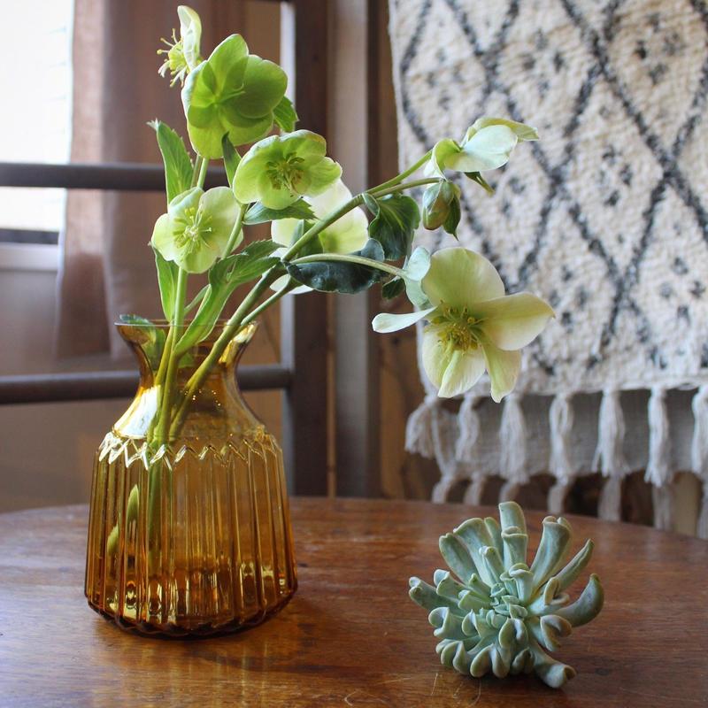 ≪blmv-gl-v-amb≫ Bloomingville Nordic flower vase H15cm / amber