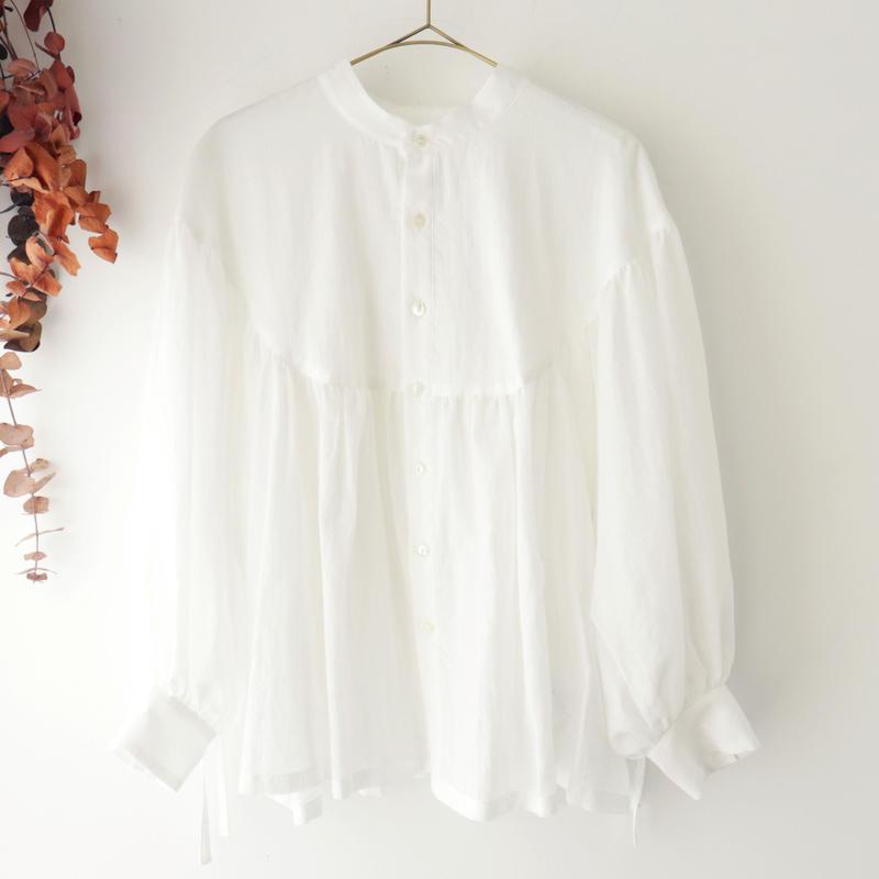 the last flower of the afternoon ザ ラスト フラワー オブ ジ アフタヌーン | 淡き光 round yoke blouse | ホワイト