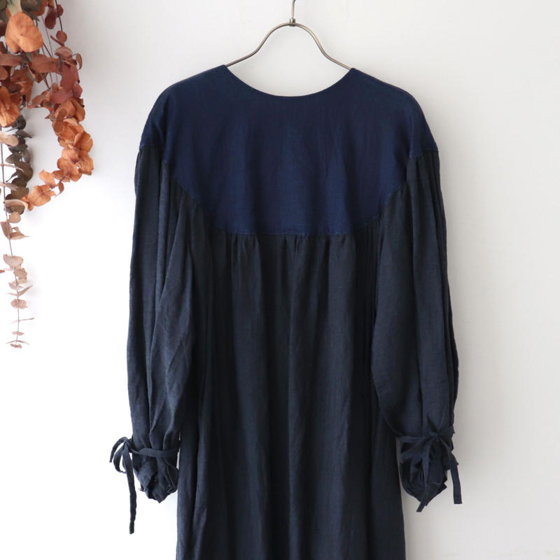 the last flower of the afternoon ザ ラスト フラワー オブ ジ アフタヌーン | 月夜のround yoke sleeve dress | ブラック