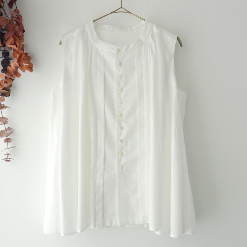 the last flower of the afternoon ザ ラスト フラワー オブ ジ アフタヌーン | 静寂のsleeveless blouse | ホワイト
