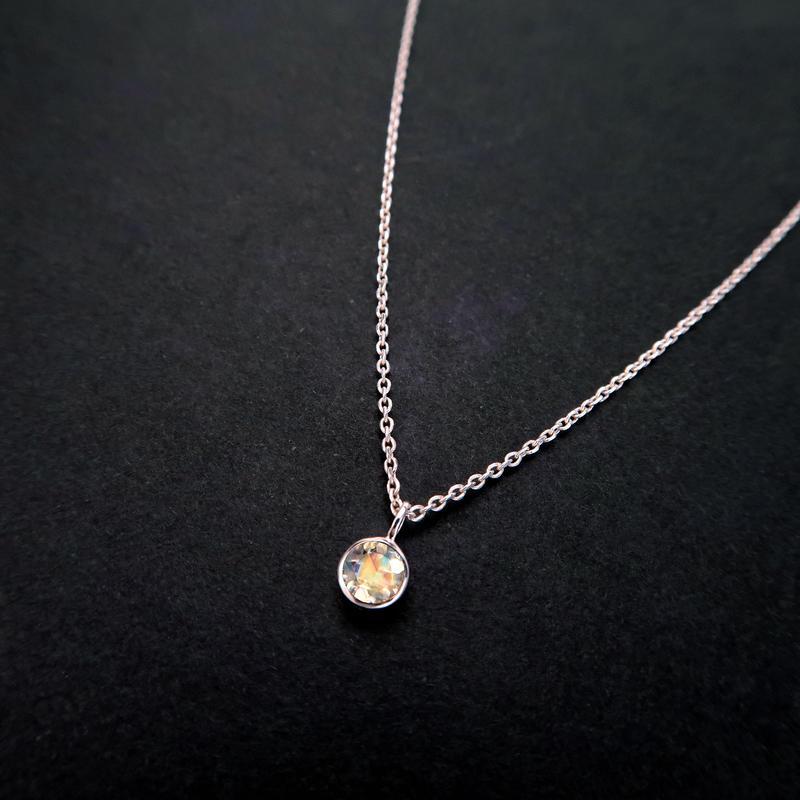 6月誕生石 ムーンストーンの一粒ネックレス