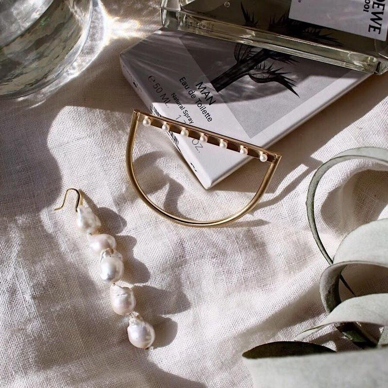 Pearl element bangle