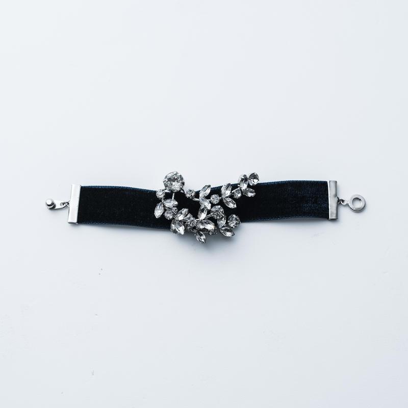 Velour bracelet (Forest motif)