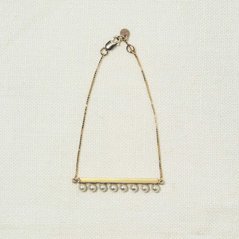 「Dresden」 line pearl blacelet