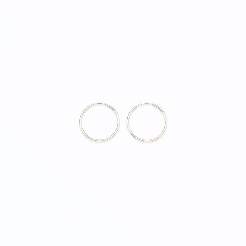 Simple hoop pierce  / Large[Limited]
