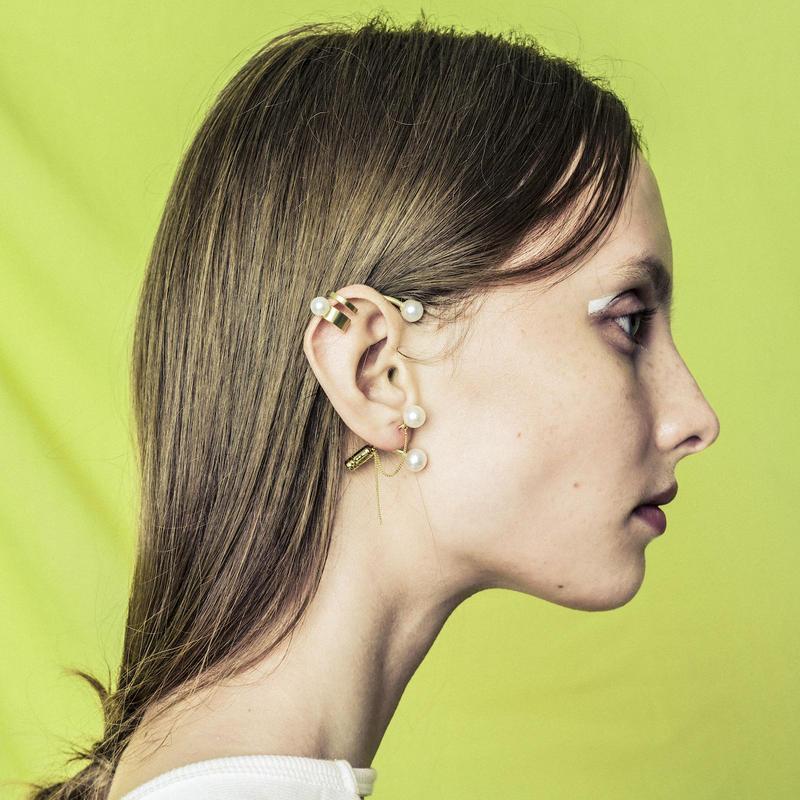 Pearl element earhook (1P)