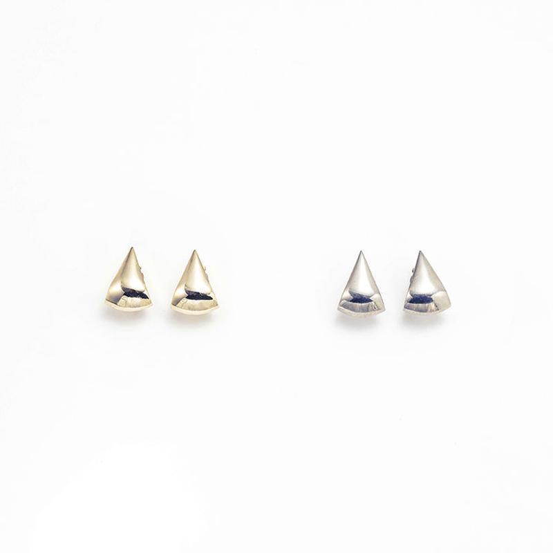 Metal stone earing (Triangle)
