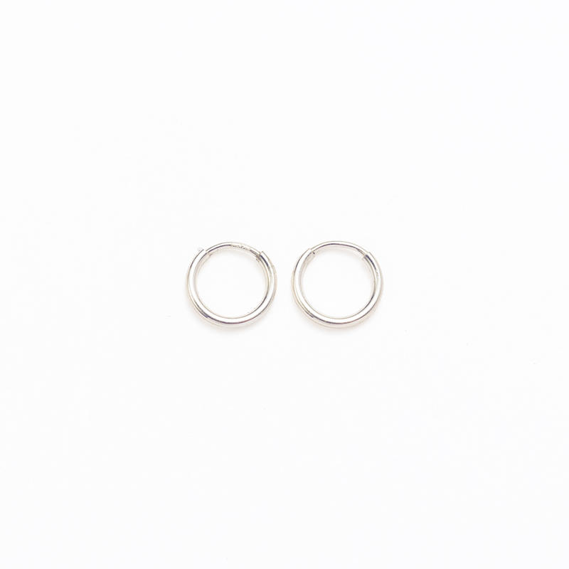 Simple hoop pierce  / Small[Limited]