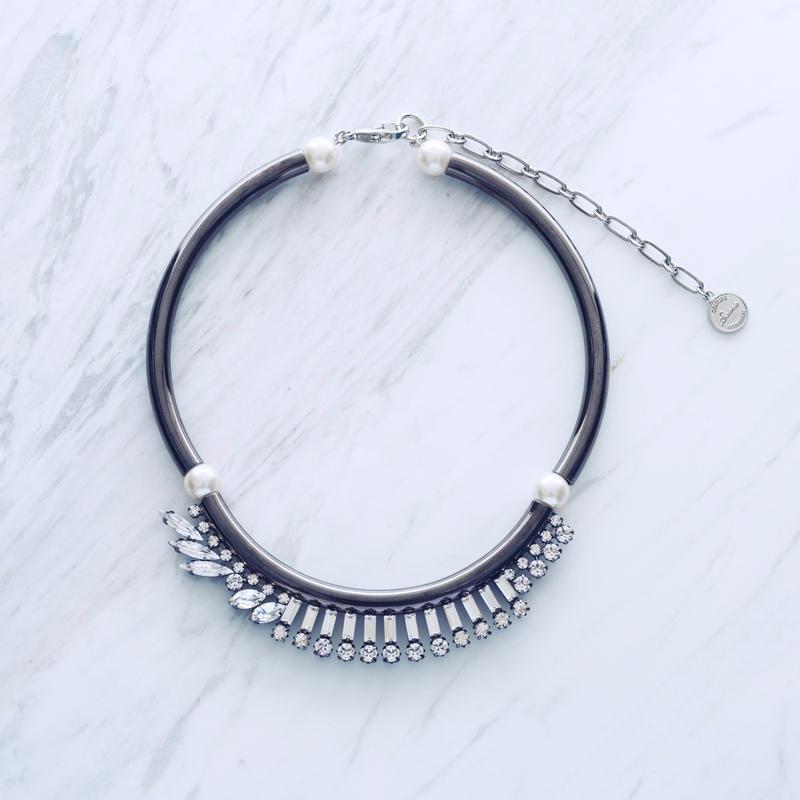 Line bijou pipe necklace (Black)