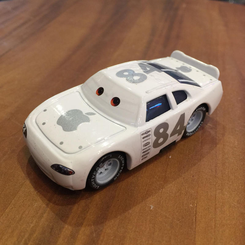 Disney Pixar Cars  MATTEL社 USED アップルカーズハウラー