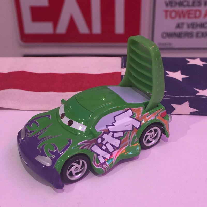 Disney Pixar Cars ウィンゴ 美品