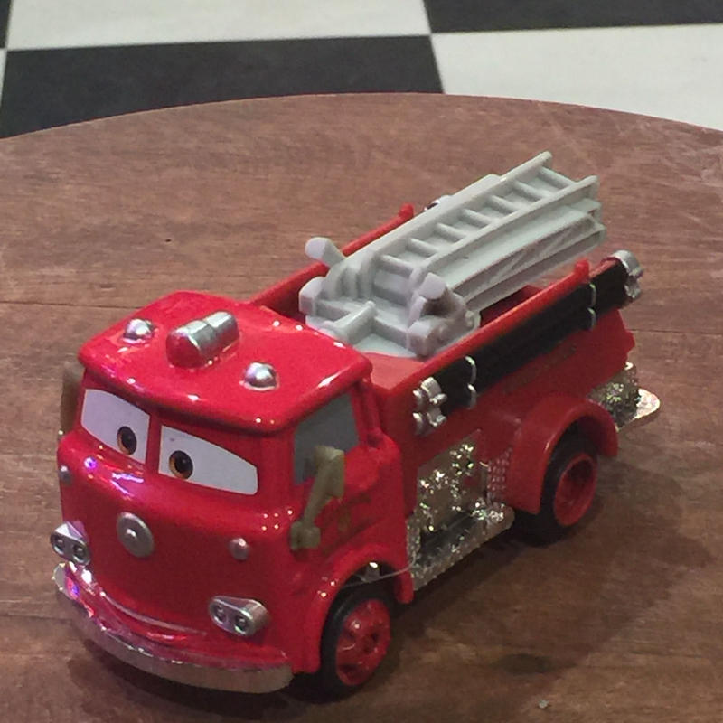 Disney Pixar Cars レッド